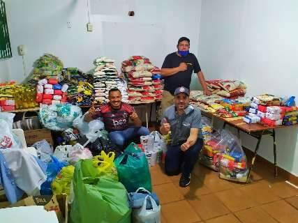 Ação solidária de moradores arrecada mais de uma tonelada de alimentos