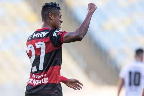 Bruno Henrique marca duas vezes e leva Flamengo a final da Taça Rio