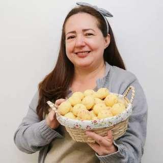 Pão de queijo é herança do sogro, que Ângela guarda como tesouro