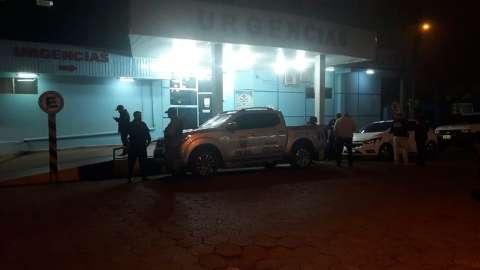 Motorista de caminhão é baleado por pistoleiros na fronteira