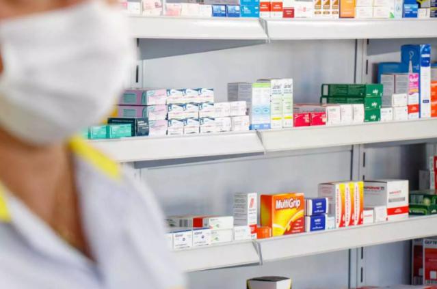 """""""Kit prevenção"""" não será distribuído, mas receitado por médico, lembra prefeito"""