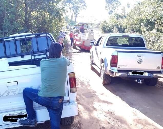 Fila de veículos que se formou no local. (Foto: Rio Pardo News)