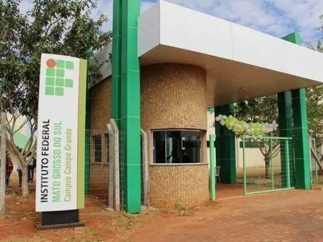Entrada do campus do instituto em Campo Grande. (Foto: Divulgação)
