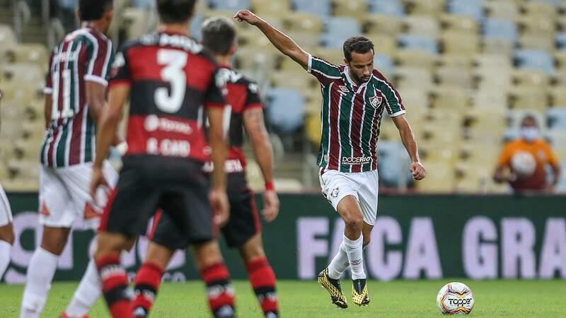 Jogador do Fluminense durante lance no jogo da noite desta quarta-feira. (Foto: Lucas Merçon/FFC)