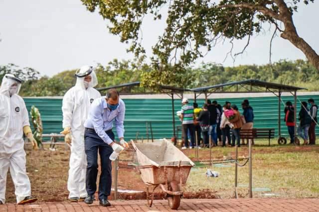 Com 42 mil novos casos em 24h, covid-19 já matou 69 mil pessoas no país