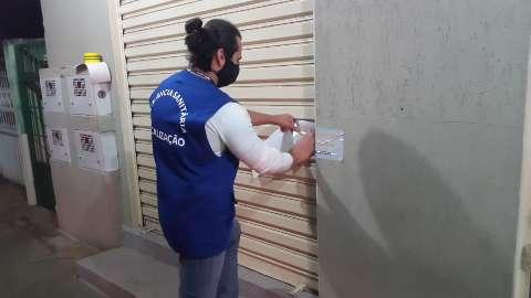 """""""Batida"""" da Vigilância Sanitária fecha 4 comércios abertos em horário proibido"""