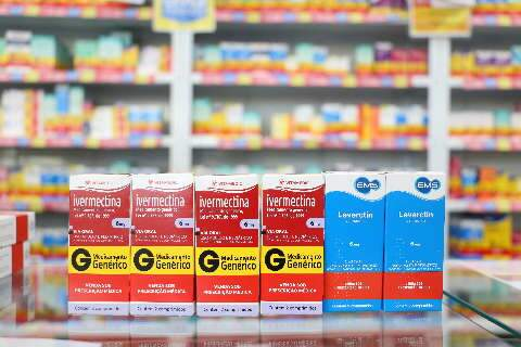 "Anvisa alerta sobre vermífugo presente no ""kit prevenção"" contra covid-19"