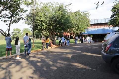 Capital fecha semana com triplo de novos casos de covid em relação a Dourados