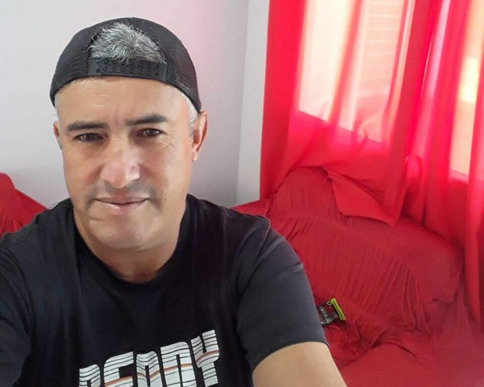 Rosemir Fernandes de Souza fez percurso macabro e se matou no altar de igreja (Foto: Reprodução)