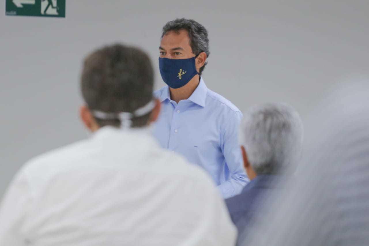Marquinhos Trad falou sobre decreto hoje, após reunião na Apae (Foto: Marcos Maluf)