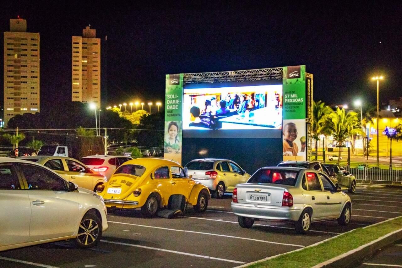 """Com o """"lockdown"""" de final de semana, nem UFMS nem o Shopping Campo Grande vão receber o público para os filmes programados. (Foto: Henrique Kawaminami)"""