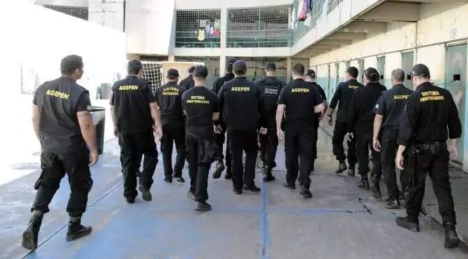 Agentes penitenciário em unidade prisional de MS (Foto: Sejusp/Divulgação)
