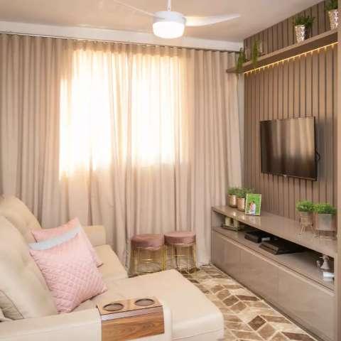 Alegria de moradora foi ver apê de 55 m² mudar sem quebra-quebra