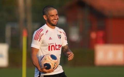São Paulo recebe Red Bull Bragantino nesta noite no Morumbi
