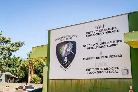 Família reclama de espera de três dias por liberação de corpo no Imol