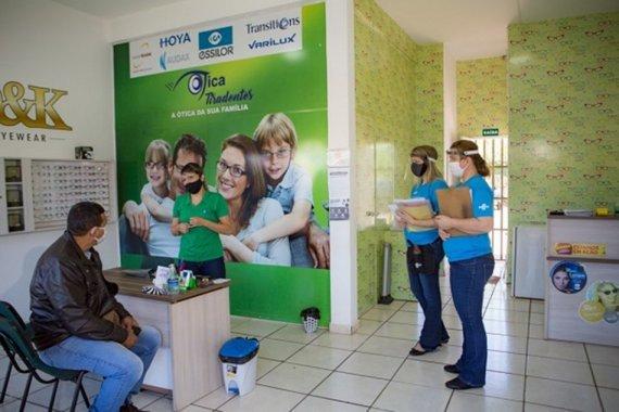 Agentes do Sebrae/MS visitam empresas para orientar sobre biossegurança. (Foto:Divulgação)