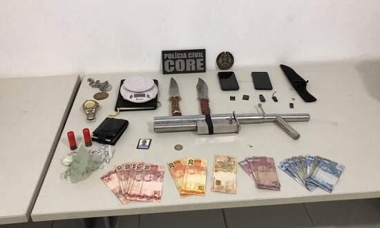 Armas, dinheiro e droga apreendidas durante a operação, em Sergipe (Foto/Divulgação)