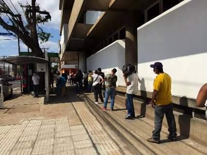 Caixa no Centro de Capital tem espera de mais de 1h30 na fila