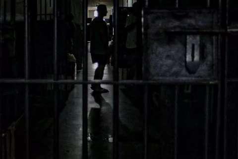 Teste detecta surto de covid no Instituto Penal e 37 presos são isolados