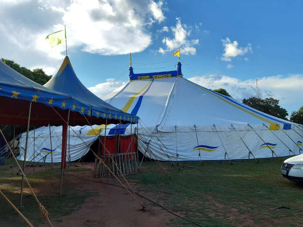 As tendas do Top Circo que ficavam montadas no bairro Itamaracá. (Foto: Arquivo pessoal)