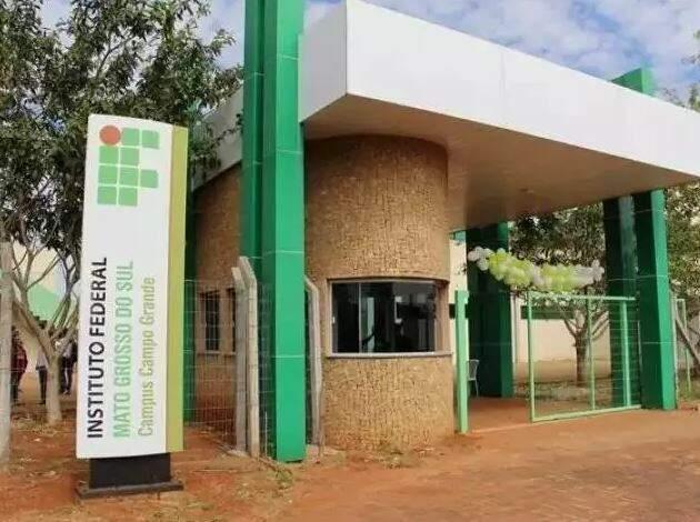 Entrada do campus do IFMS em Campo Grande. (Foto: Divulgação)
