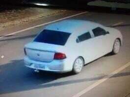 O veículo usado pelos bandidos na fuga após assalto a banco em Nova Alvorada do Sul. (Foto: Reprodução de vídeo)