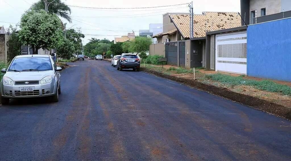 Obras de asfalto no Bairro Morumbi, em Campo Grande (Foto: Divulgação - Governo MS)