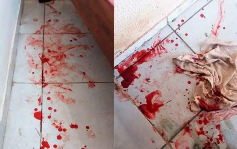 O sangue ficou espalhado pela casa, por onde o cão passou (Foto: arquivo pessoal)