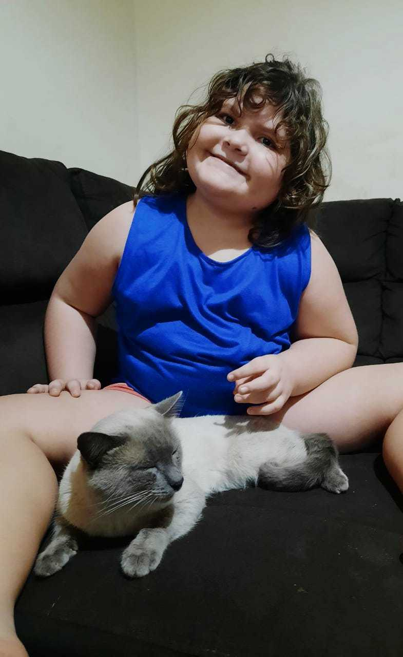 Dom é companhia e melhor amigo de Isabelle. (Foto: Arquivo Pessoal)