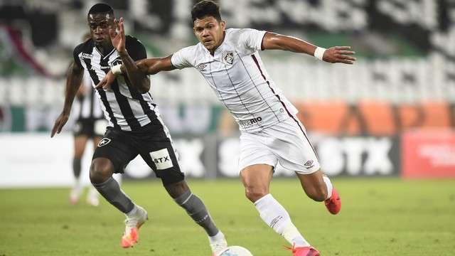 Botafogo e Fluminense terminam no 1 a 1 em amistoso no estádio Nilton Santos