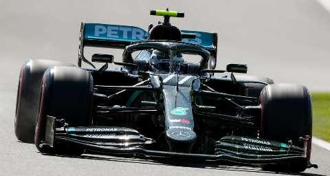 Pilotos entram na pista hoje para definir a largada do GP da Inglaterra