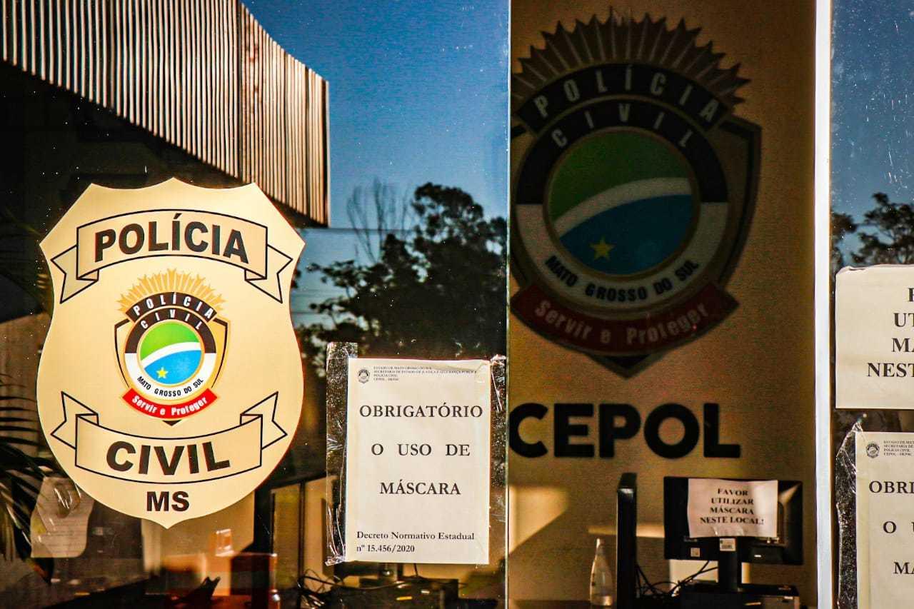 Motorista foi preso e levado para a Depac (Delegacia de Pronto Atendimento Comunitário) do Cepol. (Foto: Henrique Kawaminami)