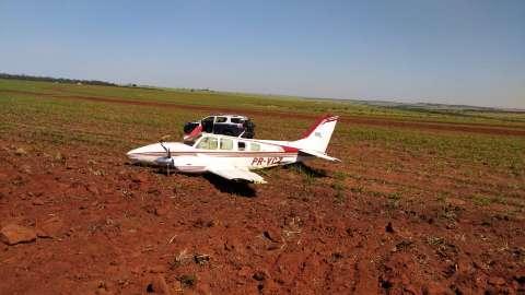 Avião que fugiu de caças transportava 700 quilos de cocaína em MS