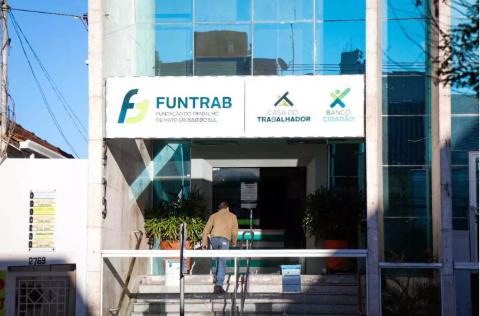 Funtrab oferta 181 vagas de emprego na 2ª feira em Campo Grande