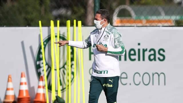 Corinthians e Palmeiras enfrentam azarões nas semifinais do Paulistão