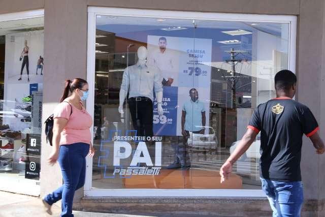 Pesquisa aponta queda de 16% nas compras no Dia dos Pais