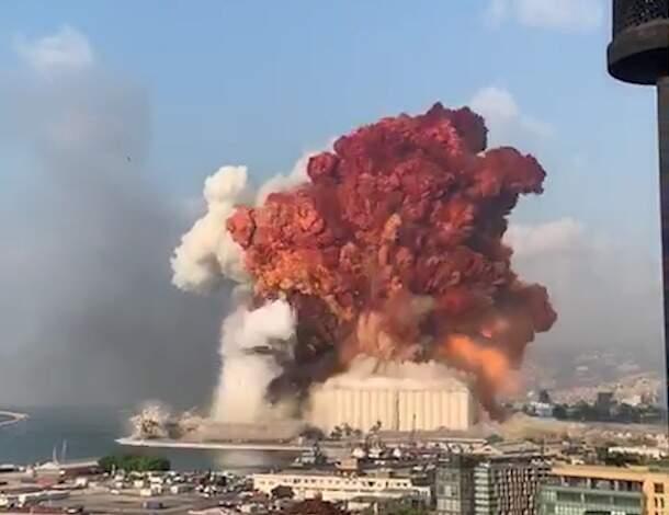 Explosão em Beirute, no Líbano, deixou pelo menos 50 mortos e milhares de feridos (Foto: Reprodução Redes Sociais)