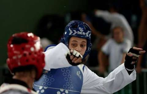 Nova lista do Bolsa Atleta contempla corredora e lutadores do Estado
