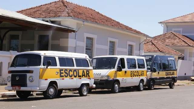 Vans farão transporte de trabalhadores com passagem a partir de R$ 5