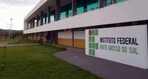 Instituto Federal dá incentivo à participação feminina na ciência e tecnologia