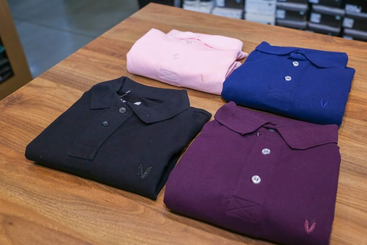 Camisetas polo são sucesso de vendas, a partir de R$ 89,90 (Foto: Paulo Francis)