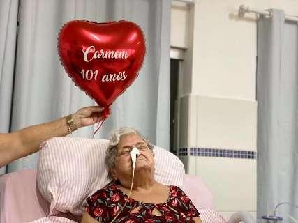 Covid levou Carminha aos 101 anos, a paciente mais idosa do São João Bosco