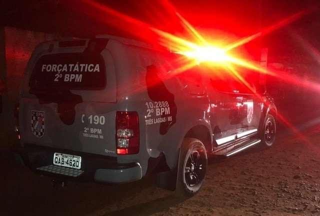 Mãe e filho são presos por organizar festa clandestina no meio de mata