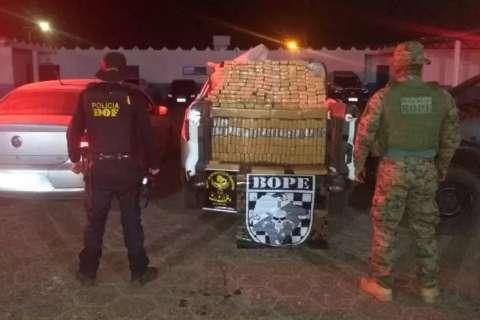 Batedores de estrada são presos com 1 tonelada de maconha na MS-485