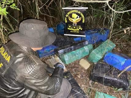 Polícia aborda homem na estrada e acha quase 500 quilos de drogas