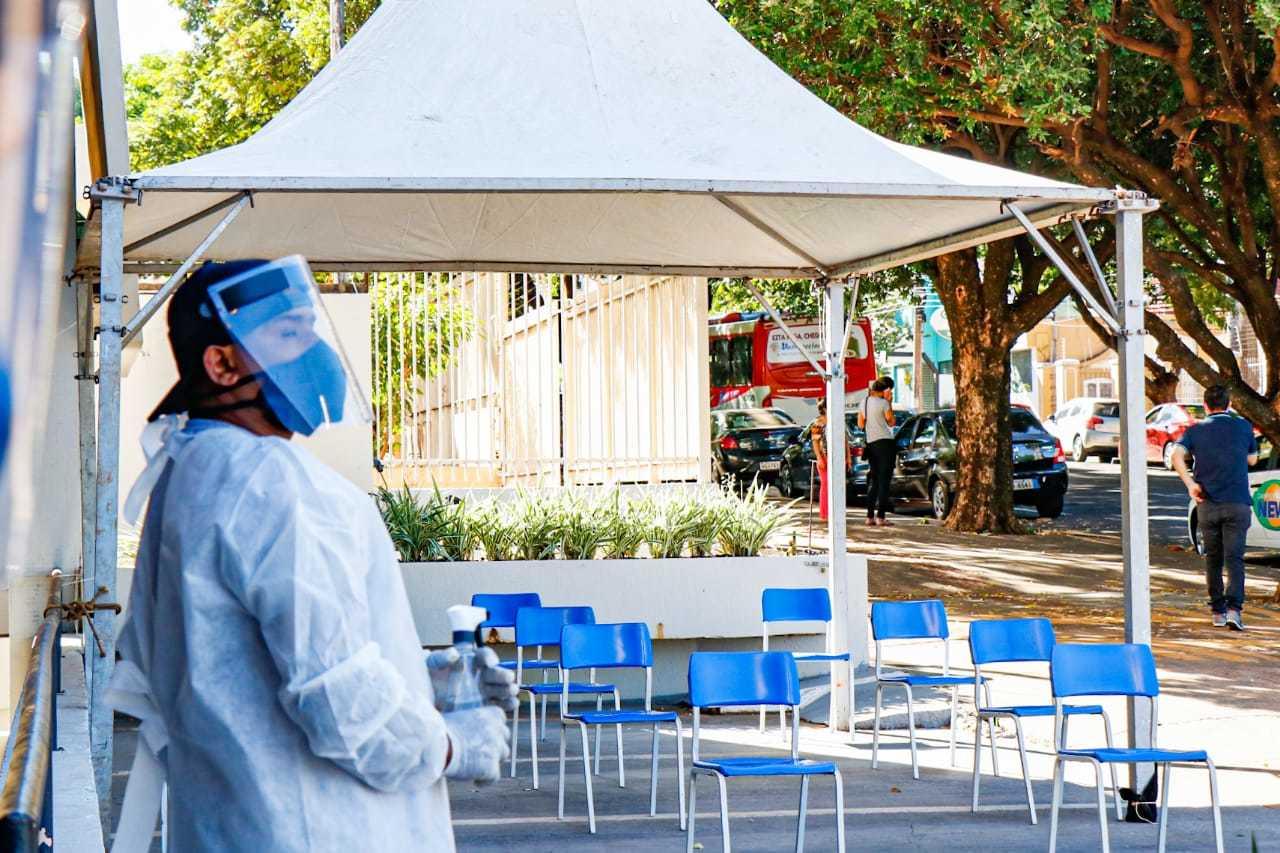 """""""Pólo Morada"""" foi montado por grupo voluntário em igreja no Centro da cidade (Foto: Henrique Kawaminami)"""