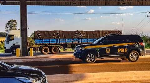 Caminhão com R$ 2 milhões em celulares contrabandeados é apreendido na BR-262