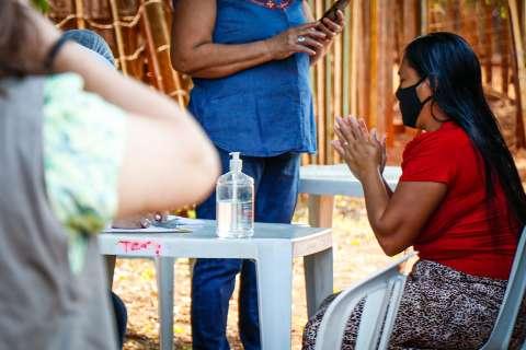 Testagem para covid em comunidade indígena atrai vizinhos das famílias terena