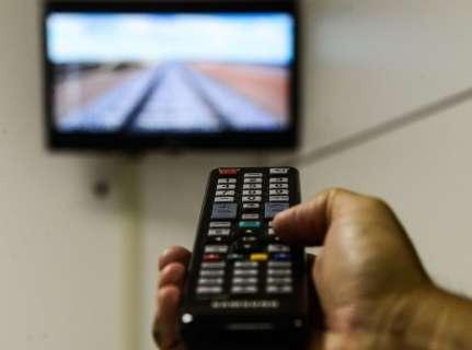 Pré-candidatos já estão proibidos de apresentar programas de TV e rádio