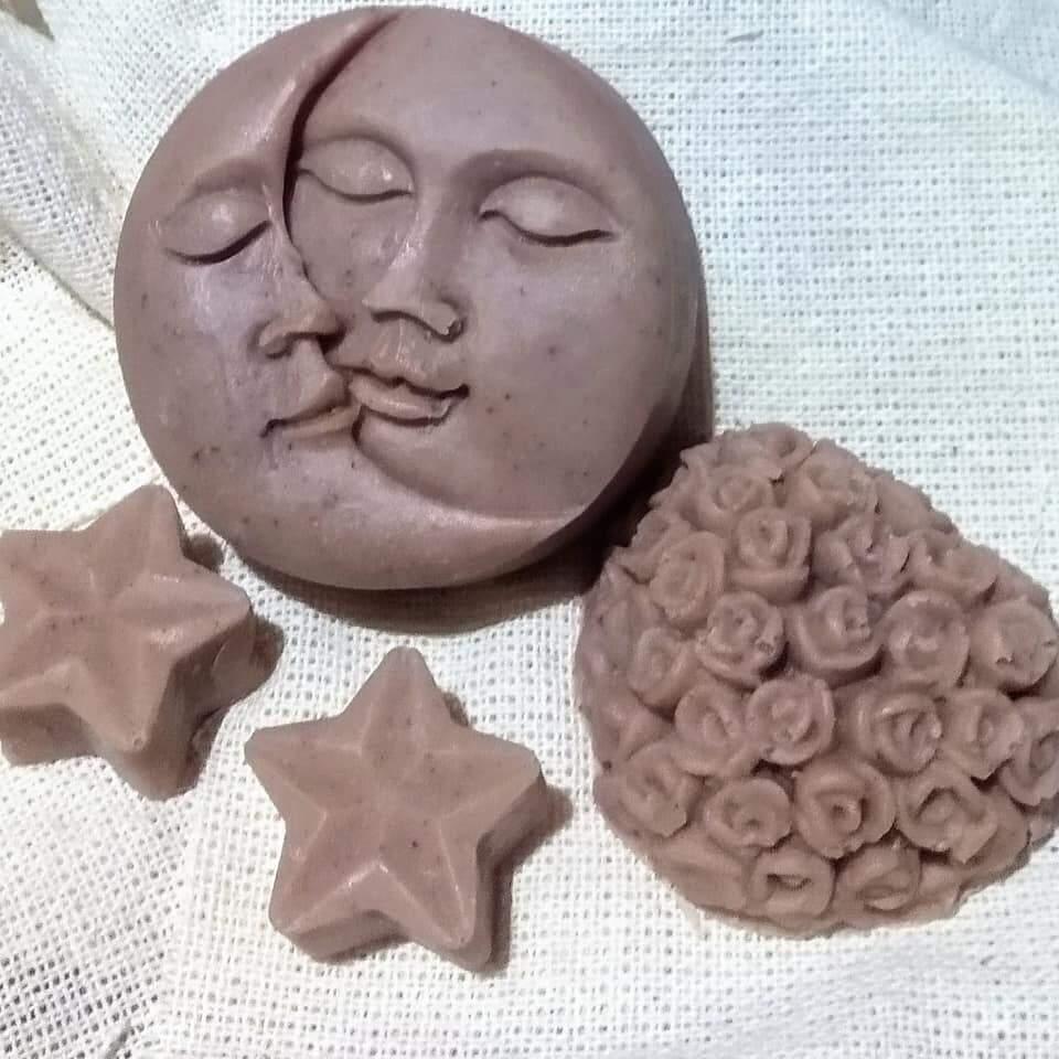 Sabonetes de argila rosa. (Foto: Arquivo pessoal)